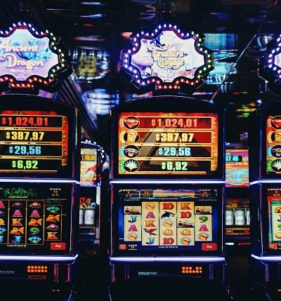 Poker tournament SuperLenny casino yeti